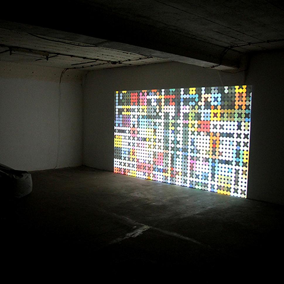 """""""Auf den Punkt"""", Videoinstallation, 2015"""